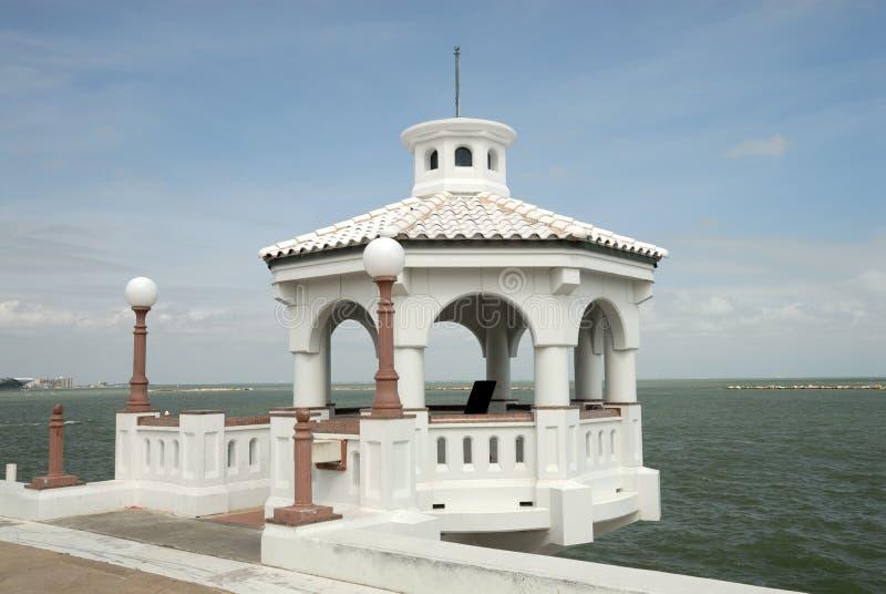Pavilhão branco em Corpus Christi, EUA fotos de stock