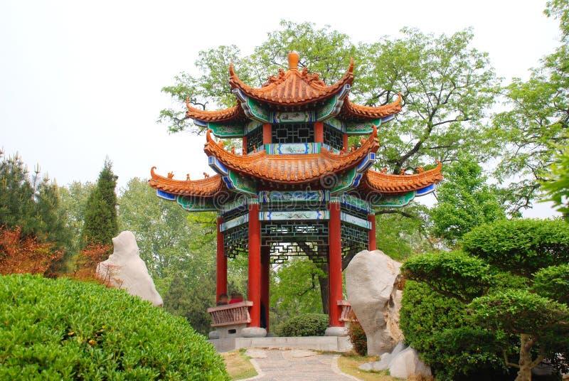 Pavilhão chinês do jardim imagens de stock