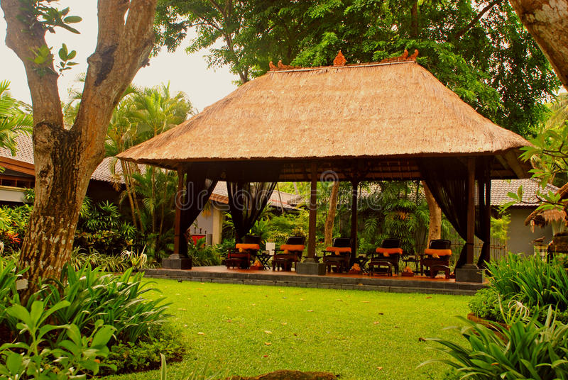 Pavilhão da massagem (Bali, Indonésia) imagens de stock