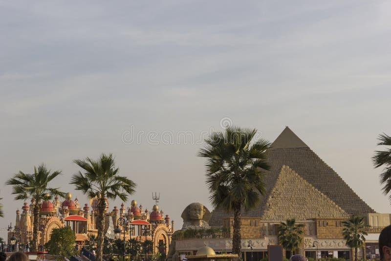 Pavilhão de DUBAI, UAE Egito na aldeia global em Dubai, UAE o Gl imagens de stock