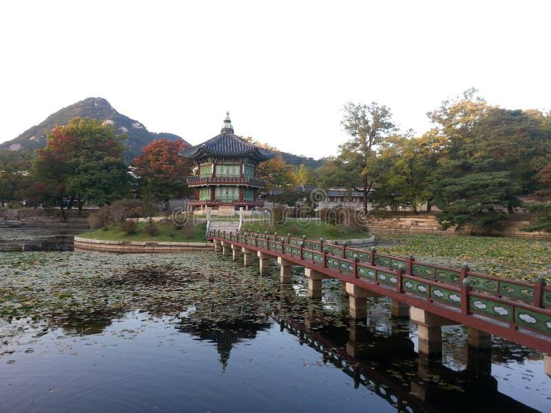 Pavilhão de Gyeonghoeru, Gyeongbokgun imagem de stock royalty free