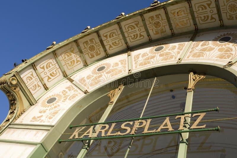 Pavilhão Karlsplatz de Otto Wagner, Viena imagens de stock