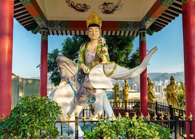 Pavilhão nos dez mil monastérios das Budas em Hong Kong fotos de stock