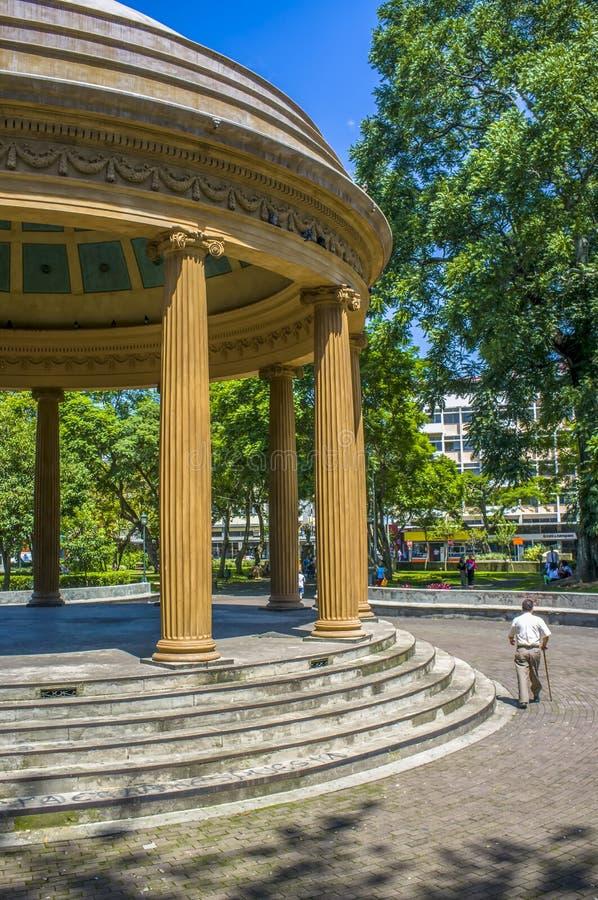 Pavilhão redondo no parque do ¡ n de MorazÃ, San José imagem de stock