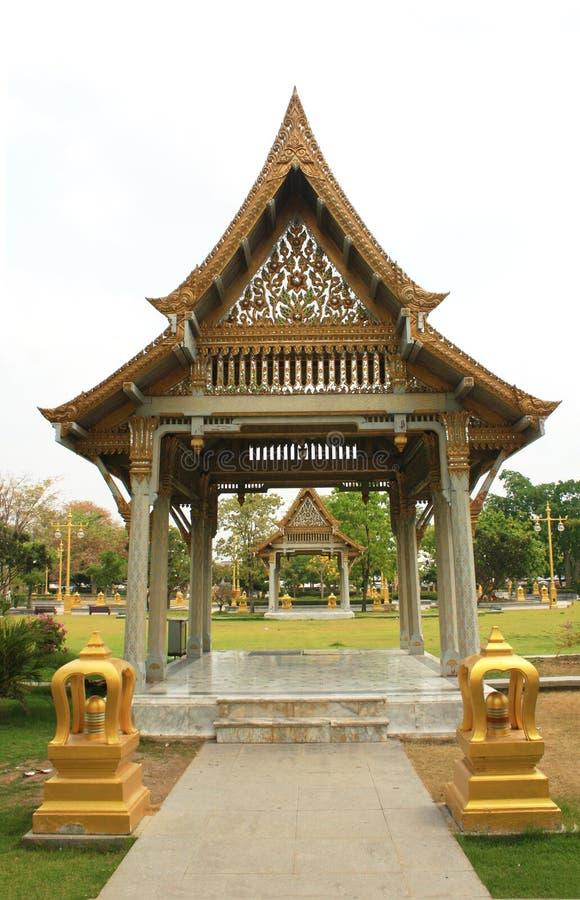 Pavilhão tailandês, Wat Sothornwararamworaviharn, Chachoengsao Tailândia foto de stock
