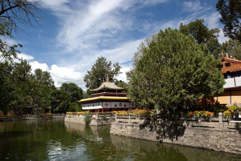 Pavilhão tibetano do estilo imagem de stock