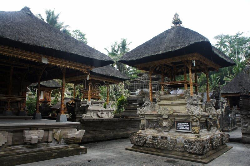 Pavilhões hindu em Ubud fotografia de stock