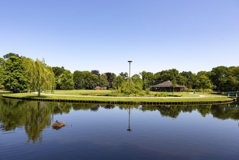 Paviljoen Sassennest en el parque Rusthoff en Sassenheim foto de archivo
