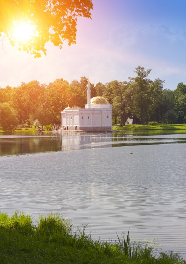 Paviljoen` Turks bad `, 18de eeuw Het park van Catherine Pushkin Tsarskoye Selo petersburg stock foto