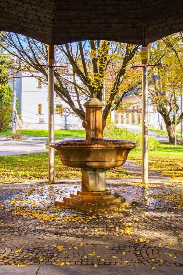 Paviljoen van de koude mineraalwaterlente in de kleine het westen Bohemian spa stad Marianske Lazne Marienbad - Tsjechische Repub stock afbeelding