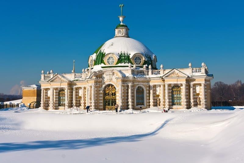 Paviljoengrot in Kuskovo royalty-vrije stock afbeeldingen