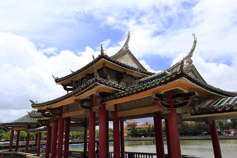 Paviljong av jimeimellanstadiet royaltyfri bild