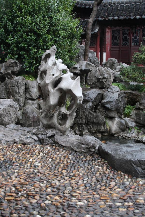 Paviljong i Yu Yuan Gardens, Shanghai Arkitektur gräsplan royaltyfri bild