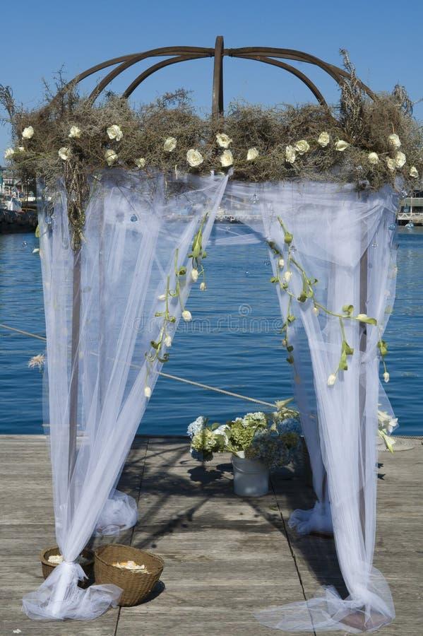Pavillion decorado do casamento fotografia de stock royalty free