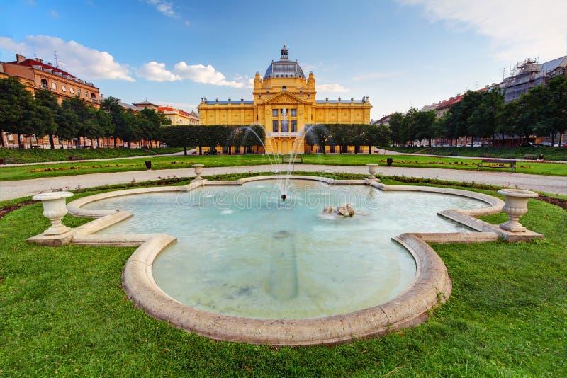 Pavillion del arte en Zagreb Croacia fotos de archivo