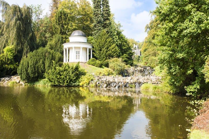 Pavillion in Mountainpark Kassel, Duitsland stock foto's