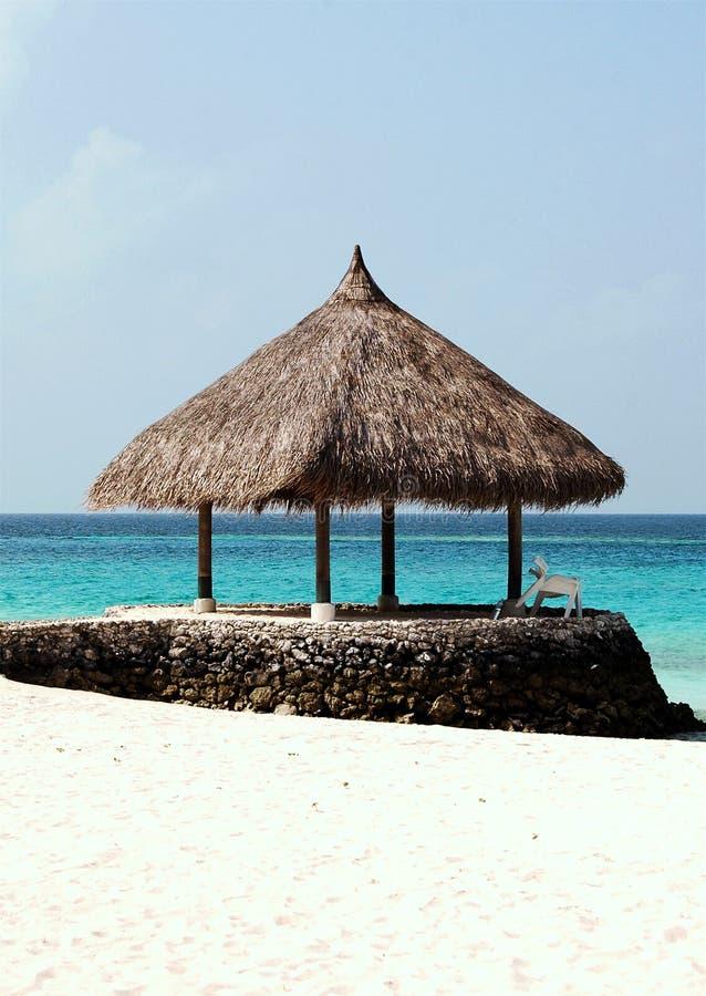 Pavillon à l'île de Kuramathi image libre de droits