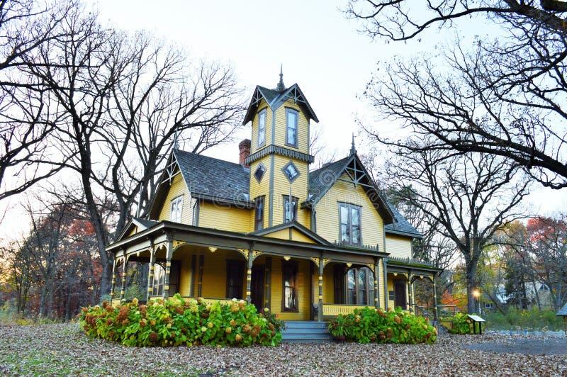 Pavillon avec des conceptions architecturales gentilles photos stock