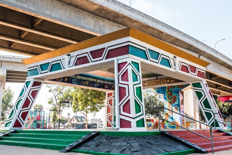 Pavillon chicano/Kiosko de parc sous la Sur-rampe à San Diego images libres de droits