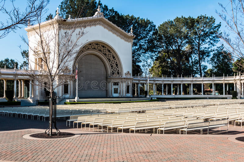 Pavillon d'organe de Spreckels avec l'allocation des places d'assistance en parc de Balboa photos libres de droits