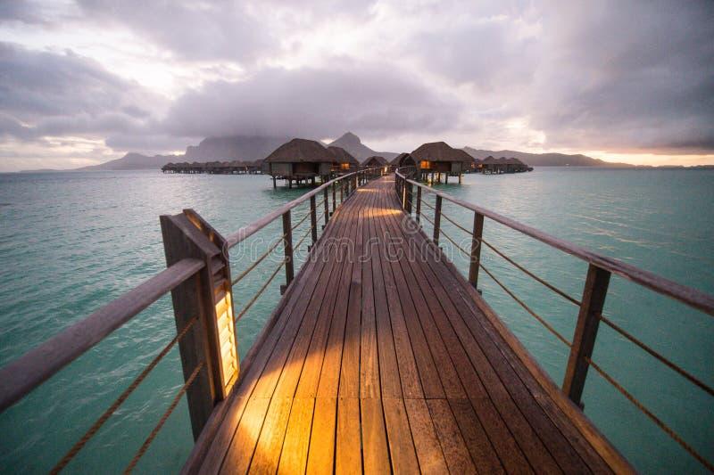 Pavillon d'overwater de Bora Bora Tahiti photo stock