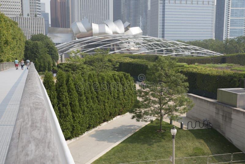 Pavillon de Jay Pritzker en stationnement Chicago de millénaire image libre de droits