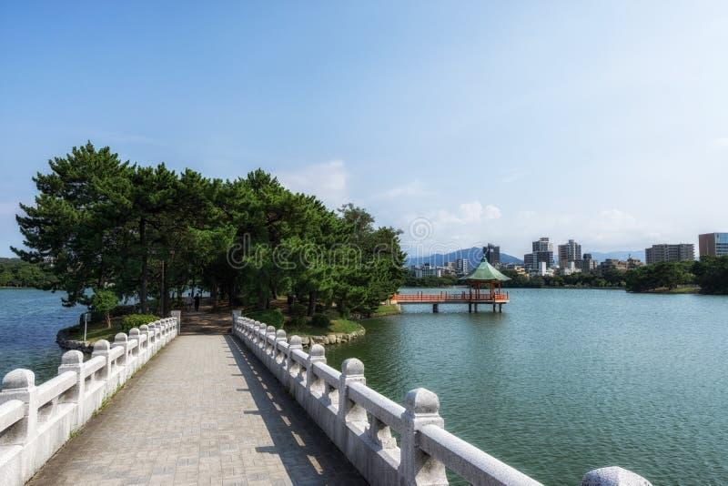 Pavillon de parc d'Ohori images stock