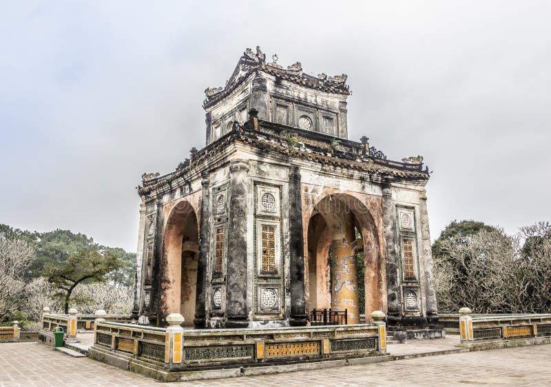 Pavillon på gravvalvet för Tu Duc royaltyfri foto