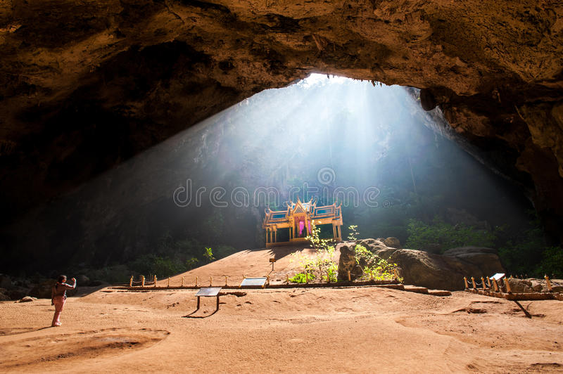 Pavillon royal dans la caverne de Phraya Nakhon, Khao Sam Roi Yot Nation photos stock