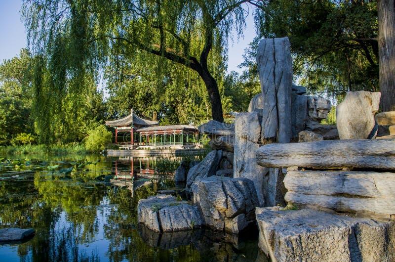 Pavillon von Tsinghua-Universität Peking lizenzfreies stockbild