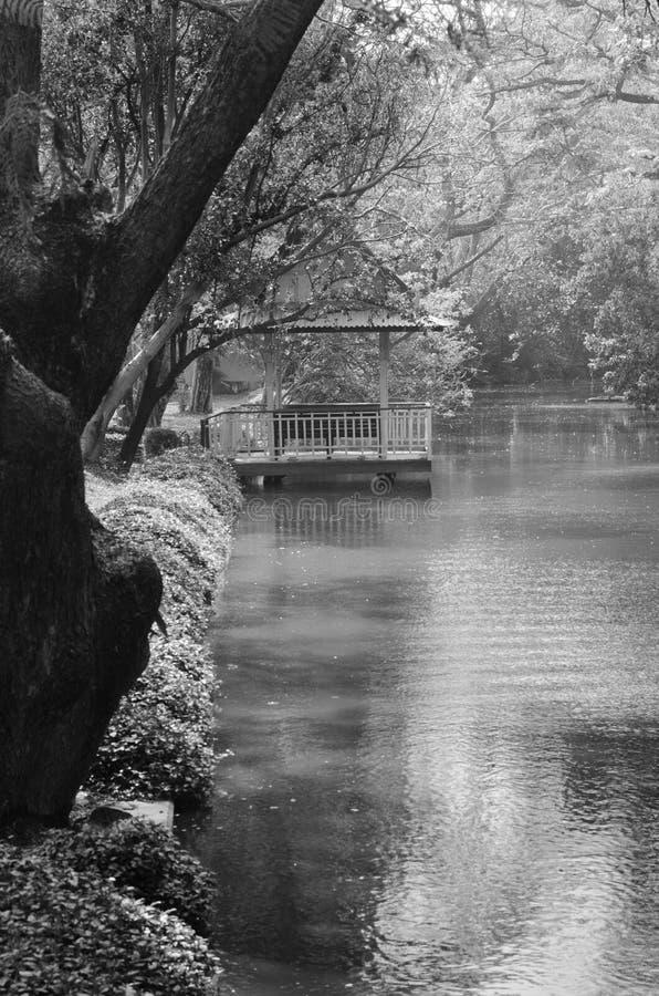Pavillons en parc photographie stock libre de droits