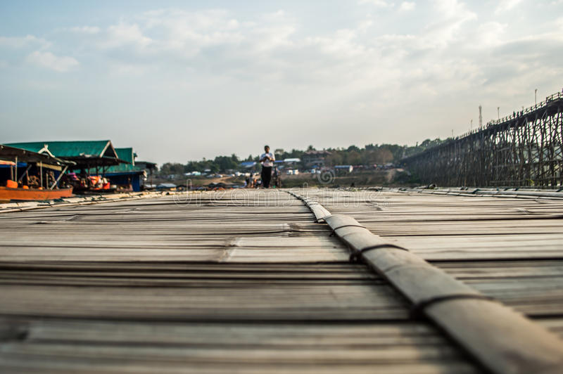 Download Pavimentazione di bambù fotografia stock. Immagine di closeup - 56891268