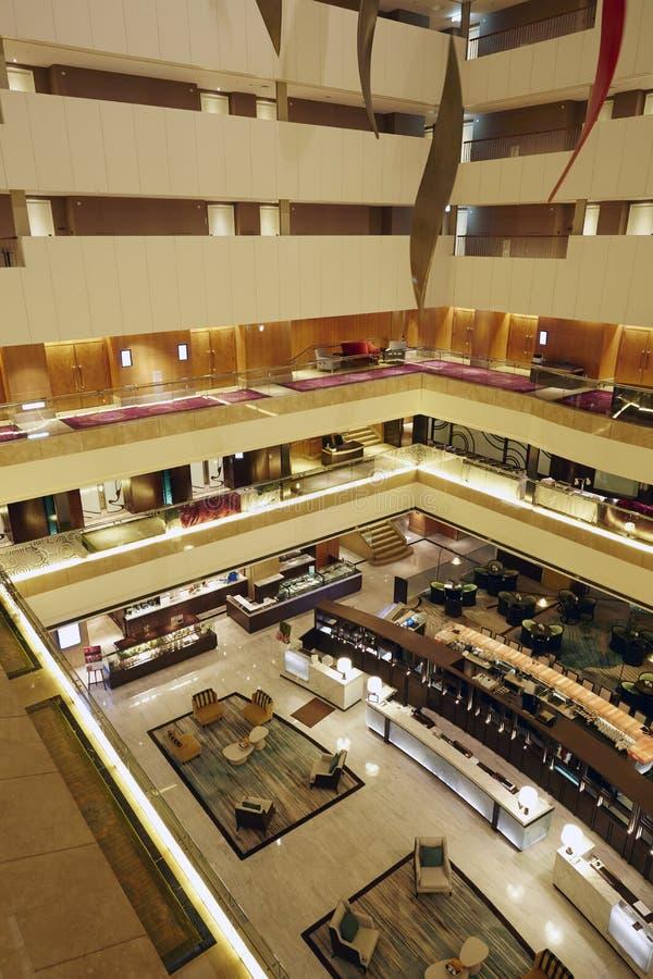 Pavimenti dell'hotel e corridoio dell'ingresso di ricezione immagine stock libera da diritti