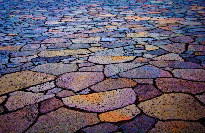 Pavimento coloreado en Islandia fotografía de archivo