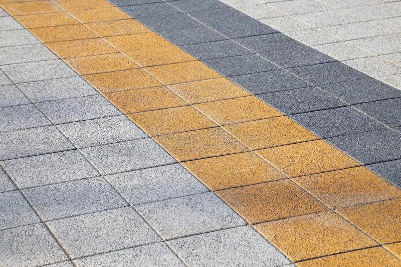 Pavimento colorido decorativo de la acera fotos de archivo