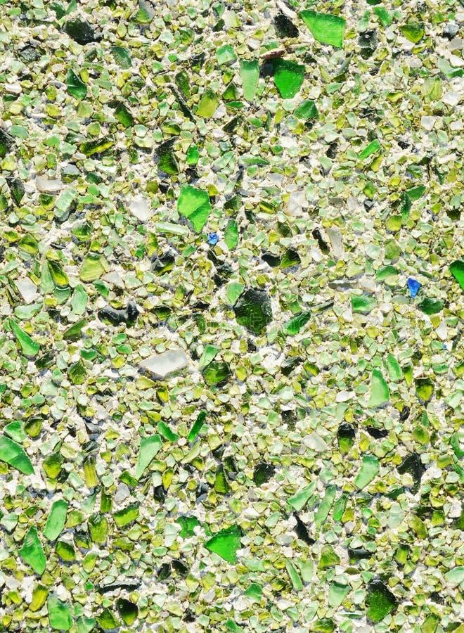 Pavimento con il reticolo di mosaico verde del ciottolo for Pavimento con mosaico