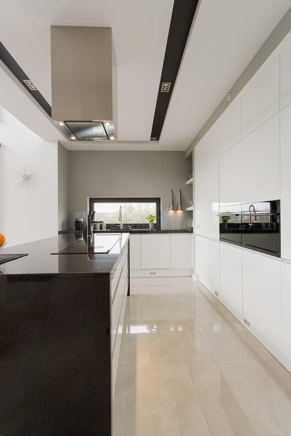 Pavimento Di Marmo In Cucina Immagine Stock - Immagine di costoso ...