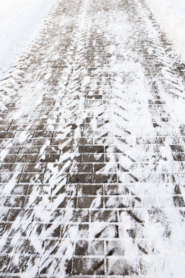 Pavimento en la nieve fotografía de archivo