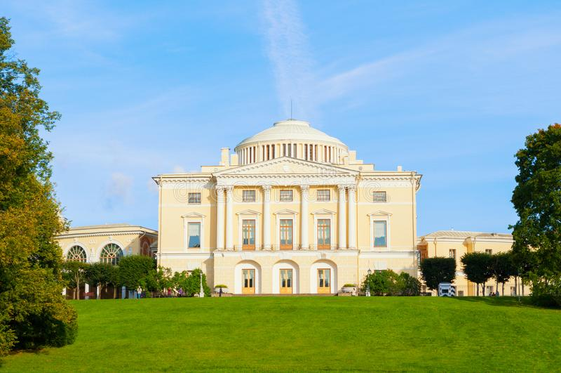 Pavlovsk-Palast - Sommerpalast des Kaisers Paul I. in Pavlovsk, St Petersburg Russland lizenzfreies stockfoto