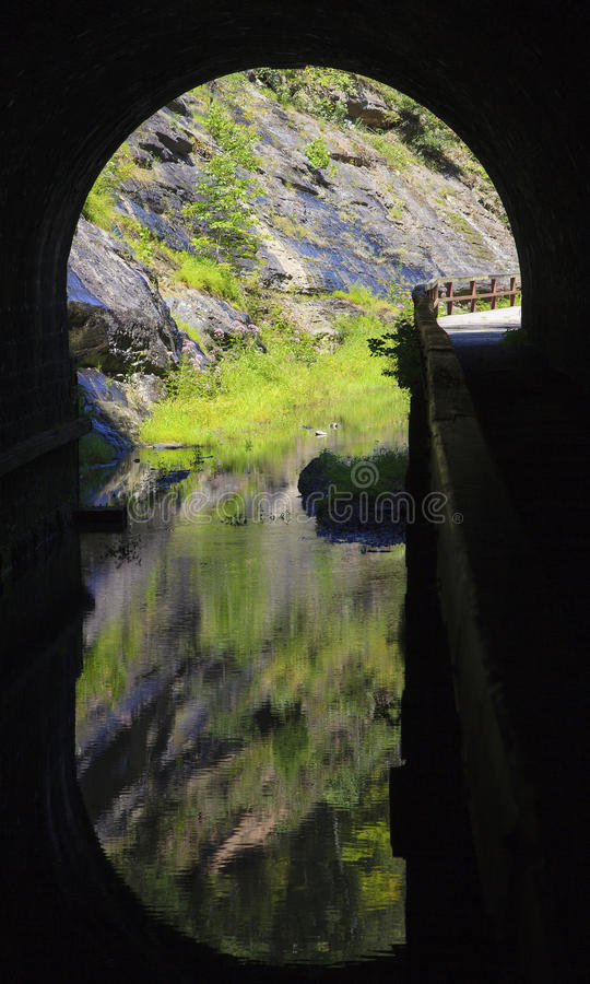 Download Paw Paw Tunnel stock image. Image of chesapeake, west - 33156229