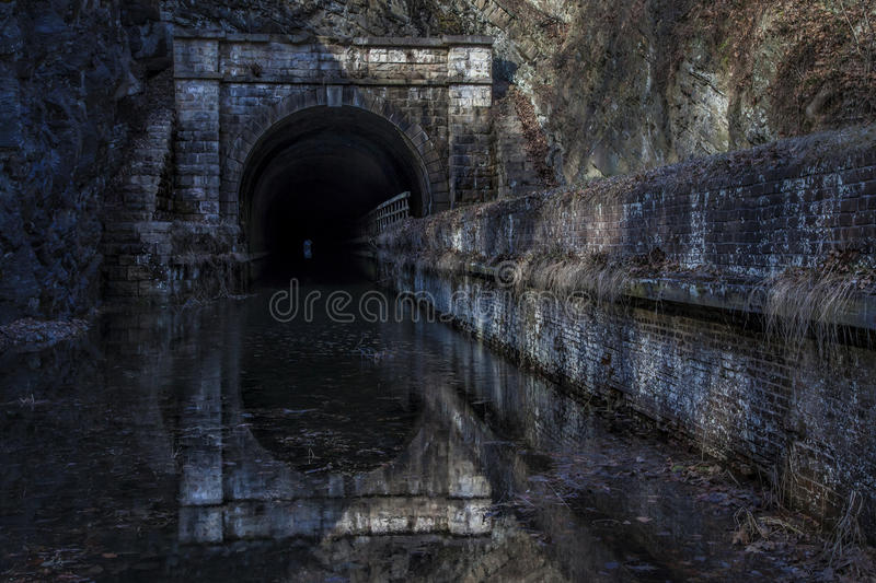 Paw Paw Tunnel nell'inverno fotografie stock