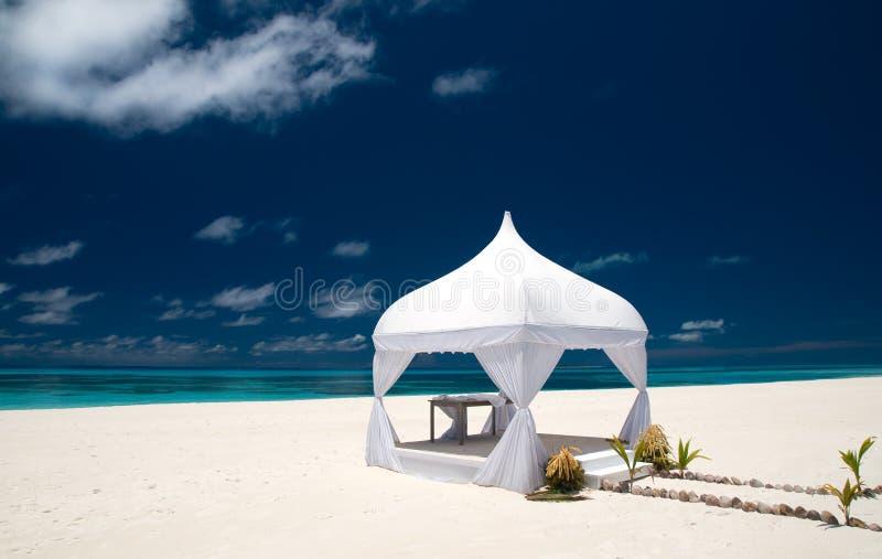 pawilonu plażowy ślub zdjęcie royalty free