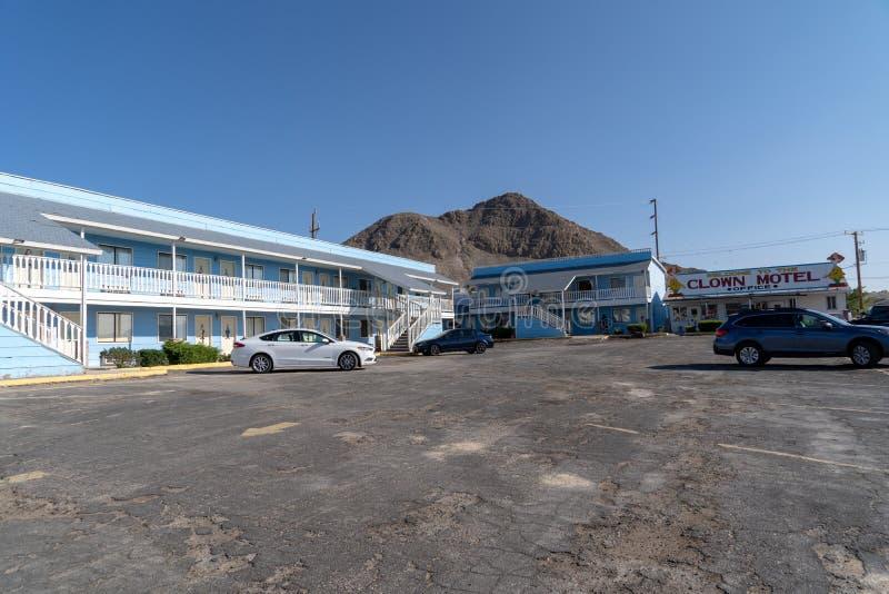 Payaso Motel en Tonopah nanovoltio - exterior y la opinión de estacionamiento del fotografía de archivo libre de regalías