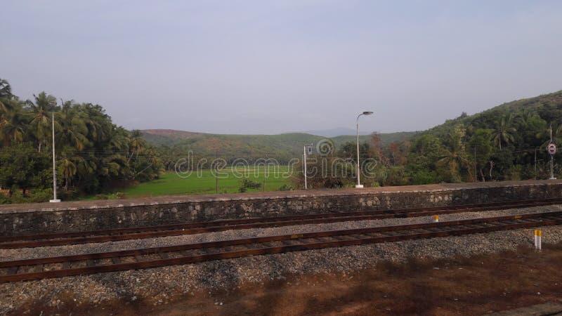 Paysage à une gare ferroviaire photo libre de droits