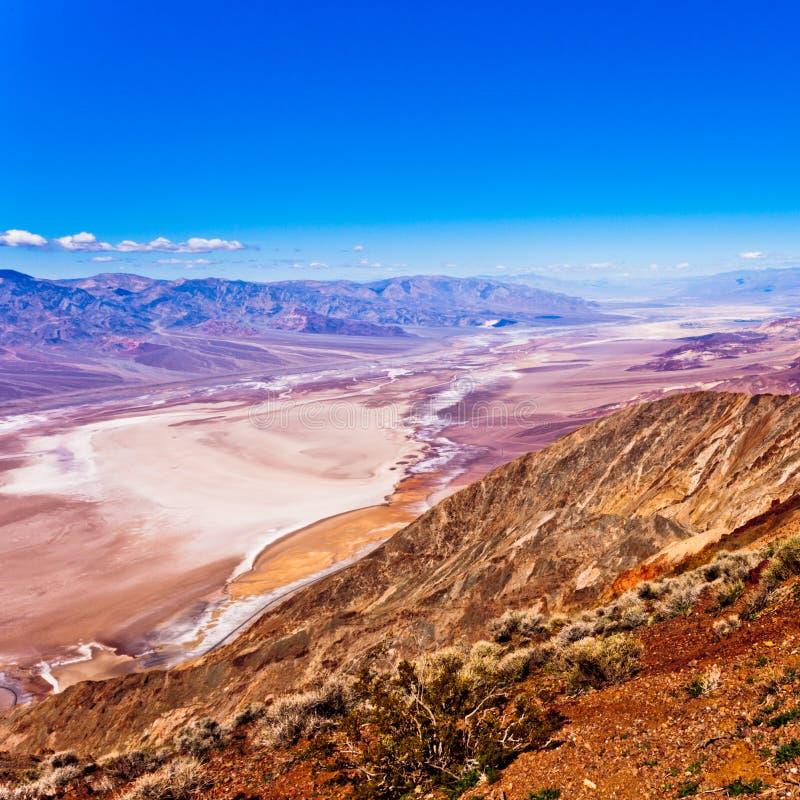 Paysage épique de Death Valley tiré de la vue de Dantes photos stock