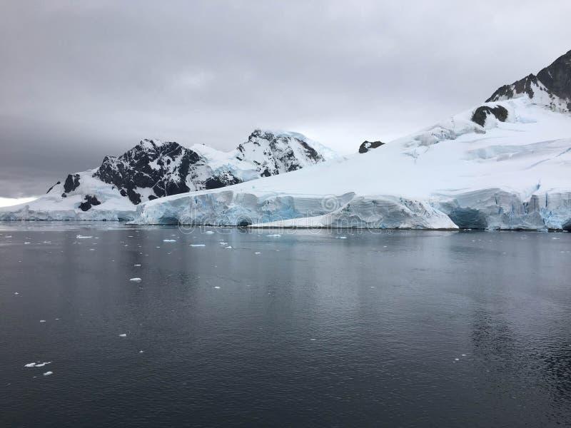 Paysage antarctique - péninsule de l'Antarctique image libre de droits