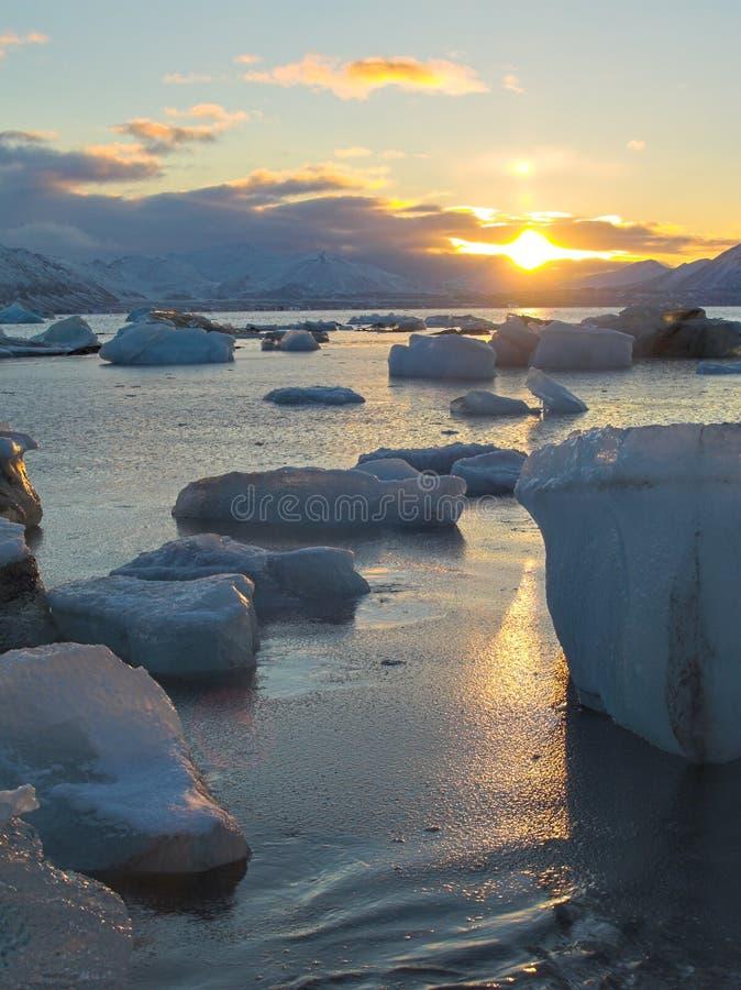 Paysage arctique - lever de soleil photo libre de droits