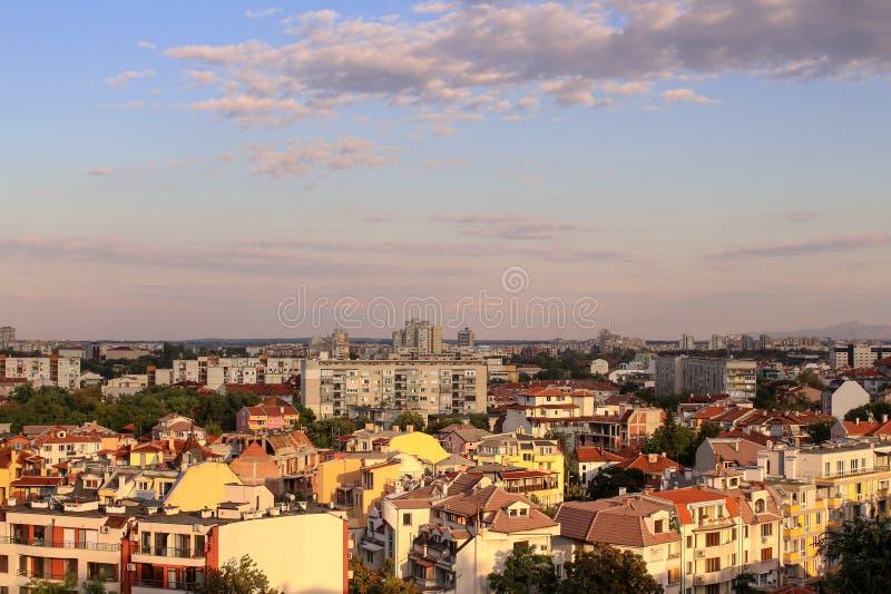 Paysage au coucher du soleil à Plovdiv, Bulgarie image libre de droits