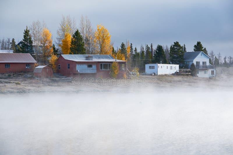 Paysage brumeux brumeux d'automne dans le Colorado, Etats-Unis photographie stock libre de droits