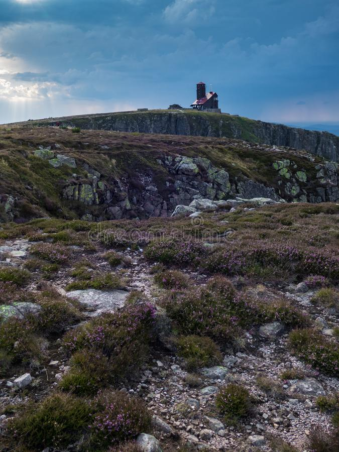 Paysage d'été en montagnes géantes de Krkonose dans le czechia image stock